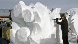 yukon-snow-carving