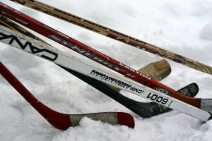 hockey-in-the-yukon